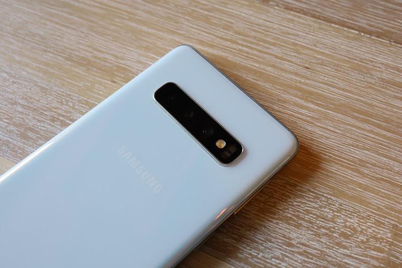 Galaxy S10は格安SIMで使えるのか?